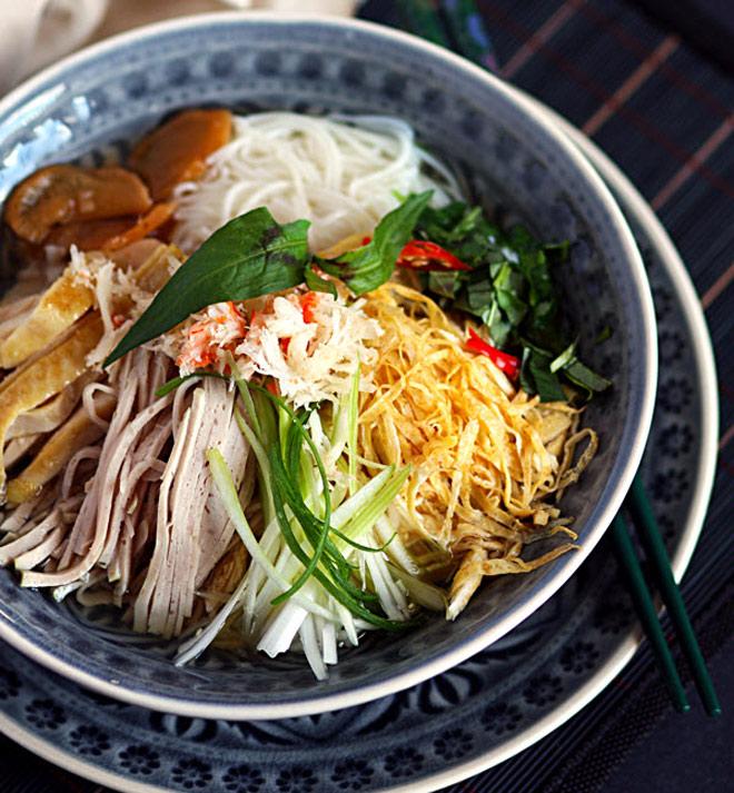 10 món ăn ngon phải thử khi đến Hà Nội