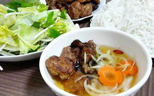 Đặc sản bún chả Nam Định ngon mê ly
