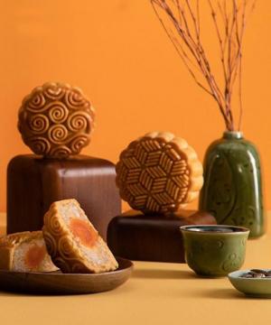 Bánh trung thu truyền thống nhân đậu xanh